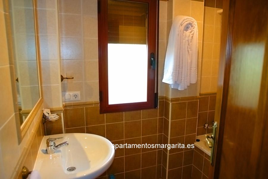 http://www.apartamentosmargarita.es/wp-content/uploads/2014/03/banno-persea.jpg