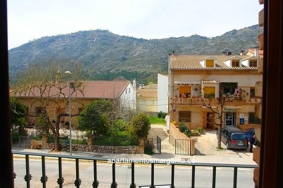 http://www.apartamentosmargarita.es/wp-content/uploads/2014/03/terraza-illicium.jpg