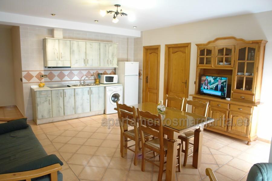 http://www.apartamentosmargarita.es/wp-content/uploads/2017/11/DSC00365-margarita1.jpg