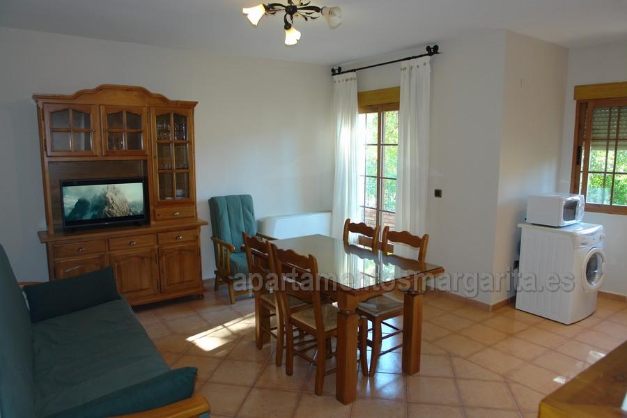 http://www.apartamentosmargarita.es/wp-content/uploads/2017/11/DSC00832-encina.jpg